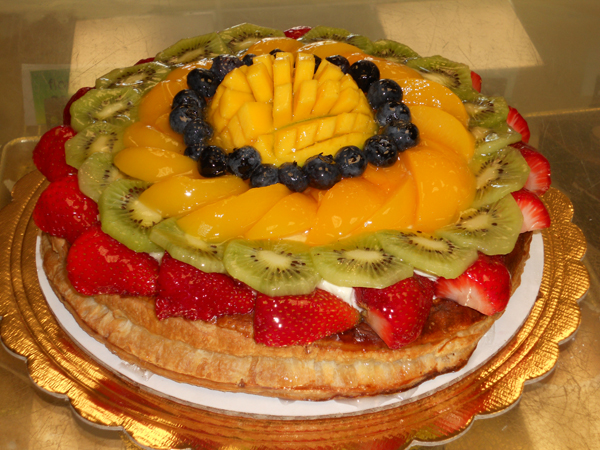 Napoleon Cake With Fruit